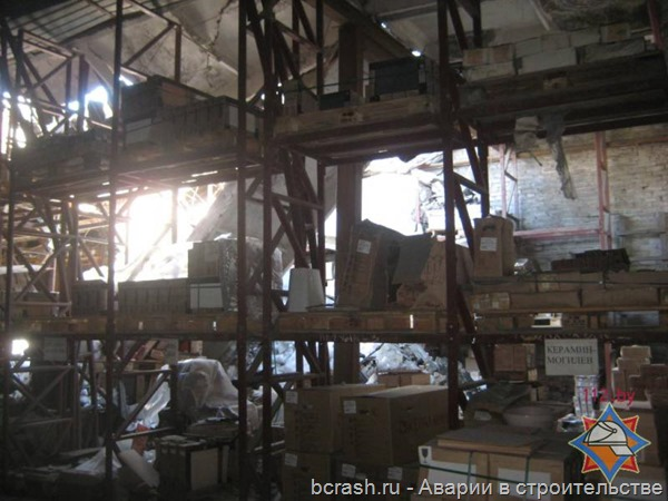 Могилев. Обрушение склада. Фото 5