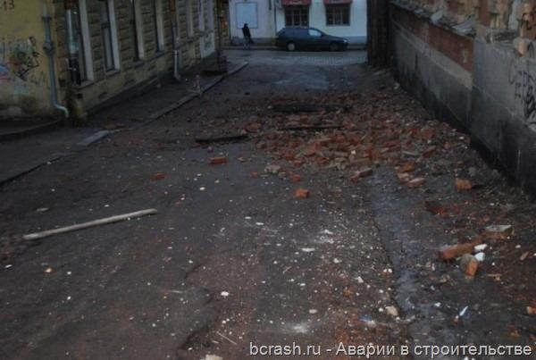 Выборг. Обрушение здания на улице Красина. Фото 4